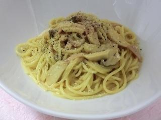 エリンギとポルチーニのクリームスパゲッティ